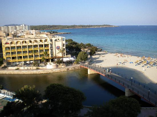 Playa Moreia Apartments : View from balcony