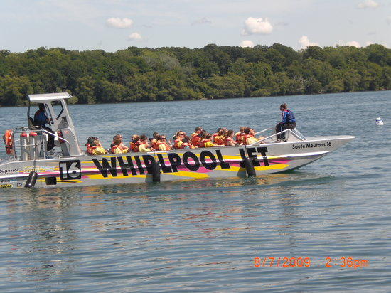 Whirlpool Jet Boat Tours: the opened jet boat