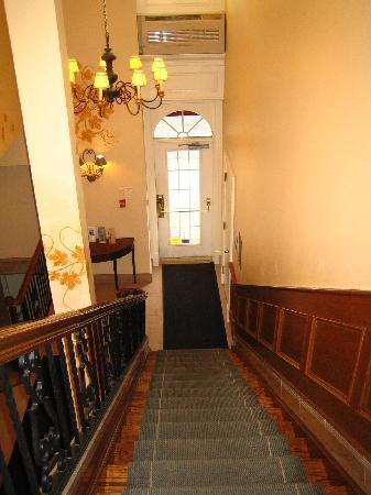 Inn On The Twenty: The inside of the front door.  You have to go upstairs to get to the lobby.