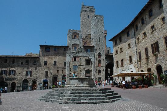 Residence Santa Maria: S. Gimignano