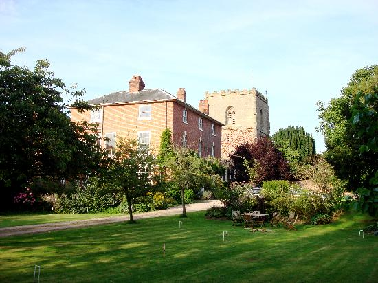The Old Rectory Bed & Breakfast: The Old Rectory (view with croquet lawn)