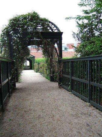 Prinsenhof Gardens