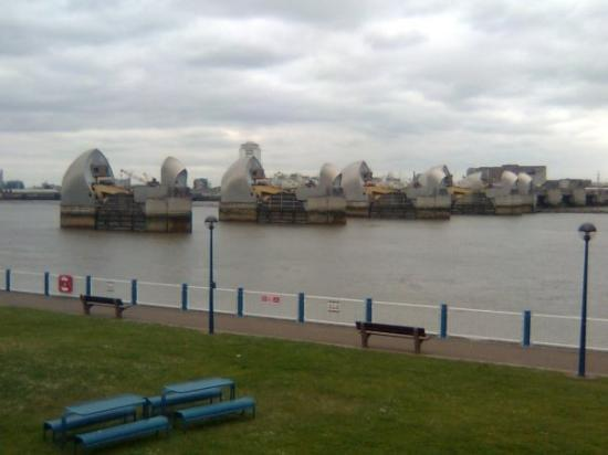 Thames Barrier 1 - Picture of The Thames Barrier, London