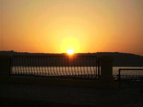 Seaview Hotel: we had this sunset everynight