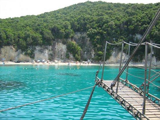 Moraitika, Greece: Das ist die Blaue Lagune,da sind wir geschwommen!!!