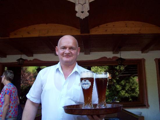 Wildschonau, Austria: Notre serveur et ami très gentil