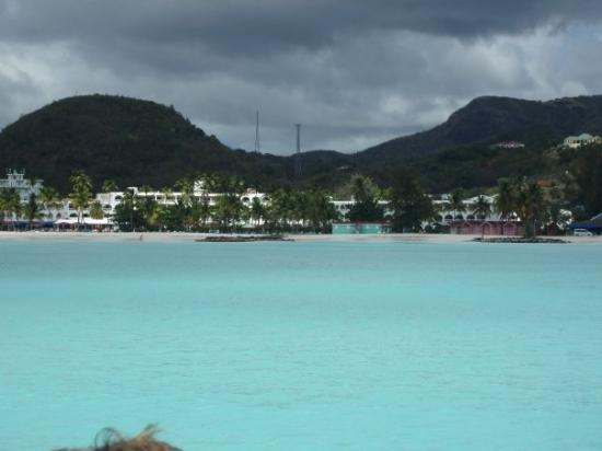Bolans, Antigua: Jolly Beach