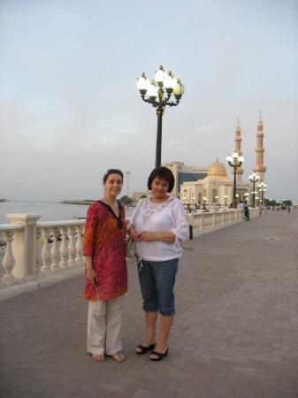ชาร์จาห์, สหรัฐอาหรับเอมิเรตส์: Sharjah Mosque