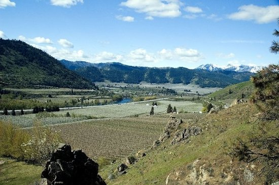 Wenatchee Valley, WA, as seen from a trail in Peshastin Park.  Wenatchee is famous for its orcha