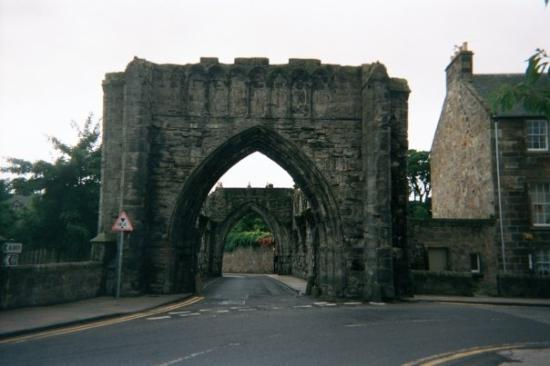 St Andrews Cathedral: photo taken in 2003