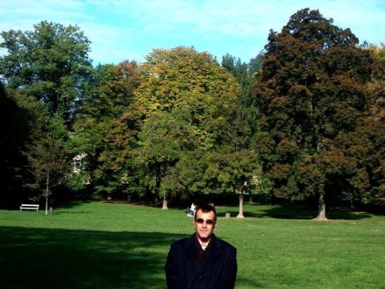 มาริบอร์, สโลวีเนีย: Mestni Park. Permite dar largos y relajantes paseos. Se puede subir a las colinas circundantes.