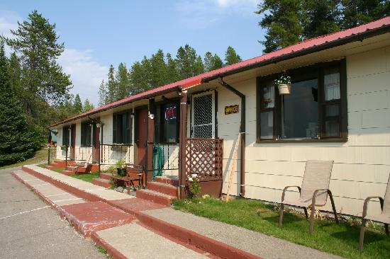 Vista Motel: Don't let the outside fool you.