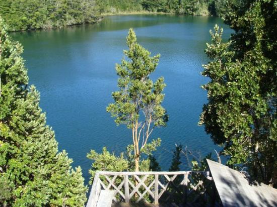 อิสลาชีโอเล, ชิลี: Rodeados de Bosque y Lago