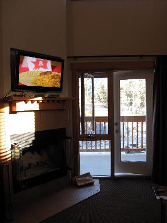 Hidden Ridge Resort : Living room