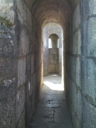 La Citadelle de Besancon: Couloir d'accès à la tour de get