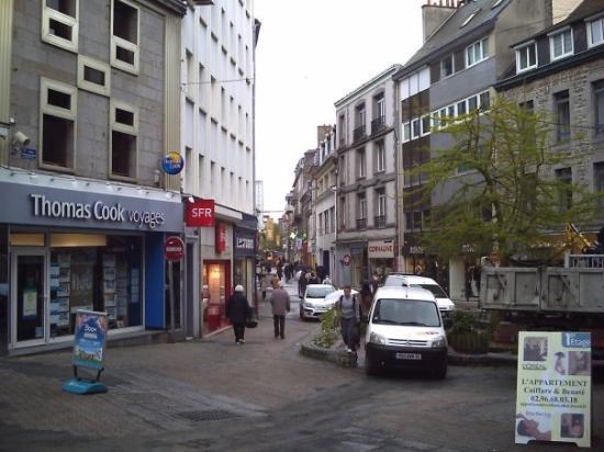 Les halles the fish market place du chai was behind me - Avis location st brieuc ...