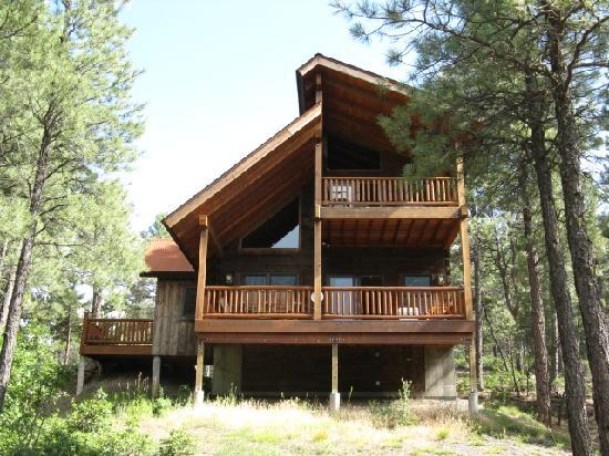"Hart's Rocky Mountain Retreat: ""Eagles Nest"""