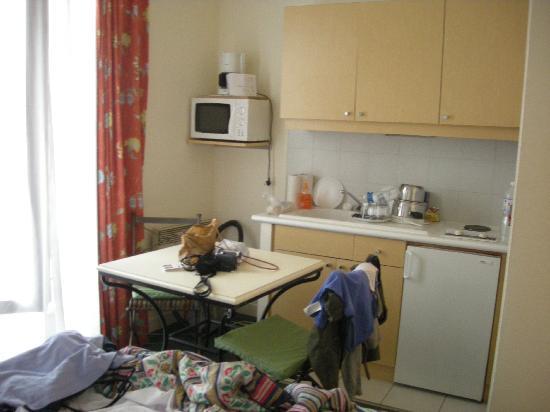 Residence le St. Germain: angolo cucina davanti al divano letto
