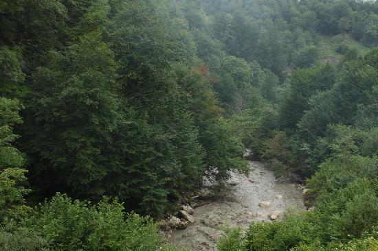 Азербайджан: It's fresh and cool in the mountains. Quba region