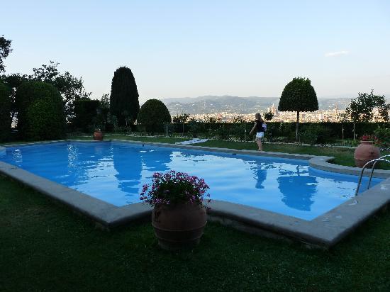 La piscine foto di torre di bellosguardo firenze for Piscine cora 2017