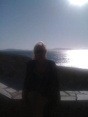 Mykonos Grand Hotel & Resort: Sundowner at their terrace