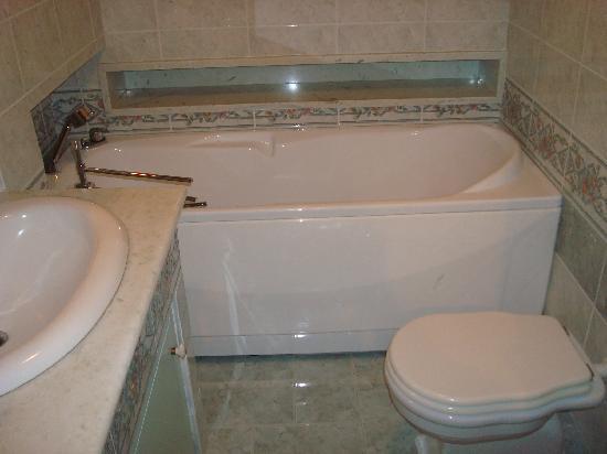 Hotel Residence Montalcino: Bagno/Bathroom