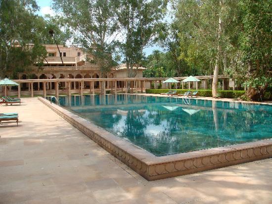 Amanbagh Resort: Amanbagh main pool
