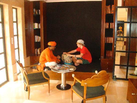 Amanbagh Resort: Tabla lesson