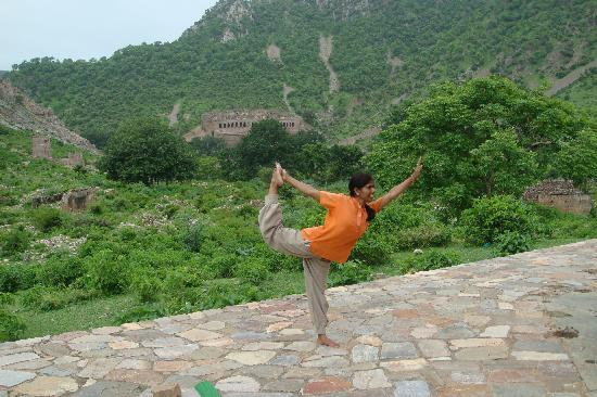 Amanbagh: Yoga at Bhangarh