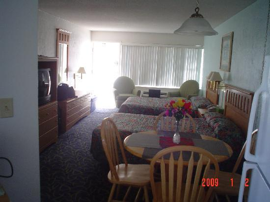 Ocean Court Motel: 1 or 2 beds