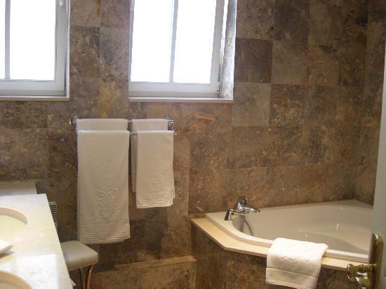 Regent Contades, BW Premier Collection: baño