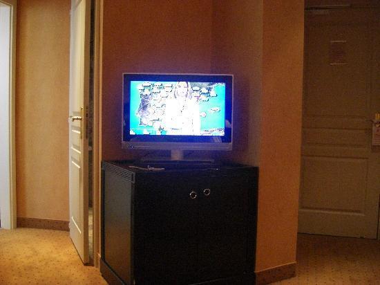Regent Contades, BW Premier Collection: TV