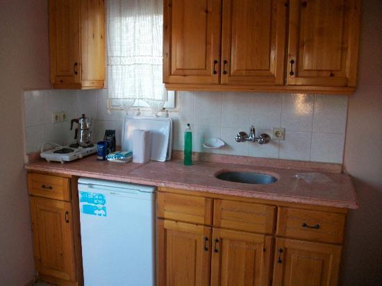 Almina, Apartments: Kitchen area