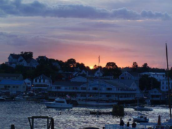 Boothbay Harbor, ME: Sunset over BBH