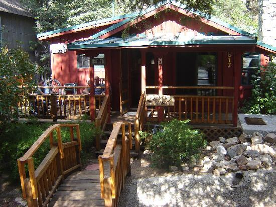 Big Bear Vacations: Front View
