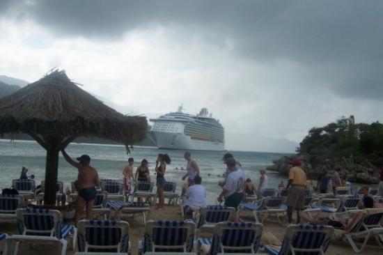 Caribe: Island of Labadee Christmas Cruise Western Caribbean 2004