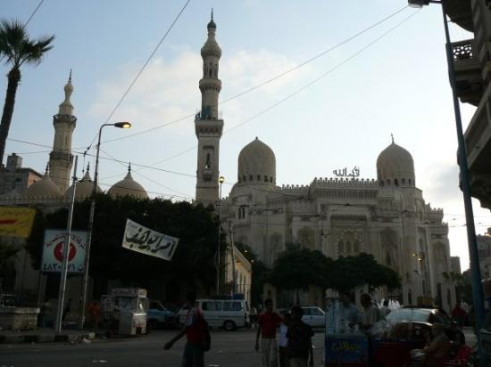 Mosque of Abu al-Abbas al-Mursi: Mosque of Abu Abbas...stands behind a mosque and beside another mosque