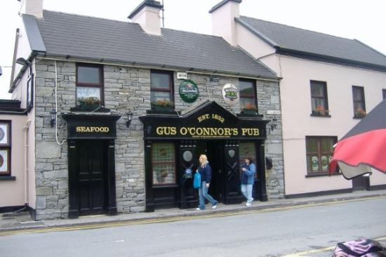 Cliffs of Moher: The pub we ate at on our Tour