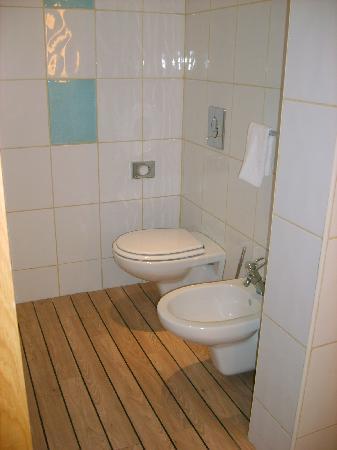 Novotel Lisboa: salle de bain