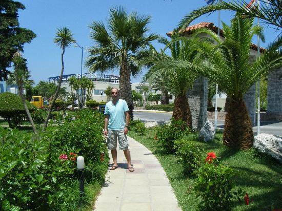 Hotel Corali: les jardins