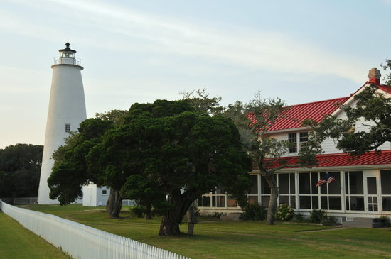 The Harborside Motel: The Lighthouse