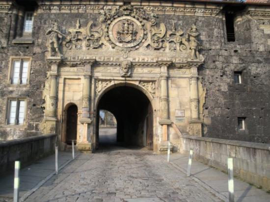Schloss Hohentübingen: Getting a little bit closer. . .