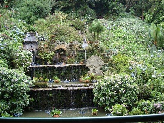 Bogotá, Colombia: Jardines del Teleferico para subir a Monserrat