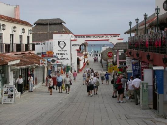 Towards The Caribbean Sea Downtown Playa Del Carmen Mx