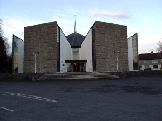 Newmarket-on-Fergus, Ireland: The new church in Newmarket on Fergus