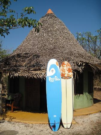 Hotel Playa Negra: The cabanas with surfboards.
