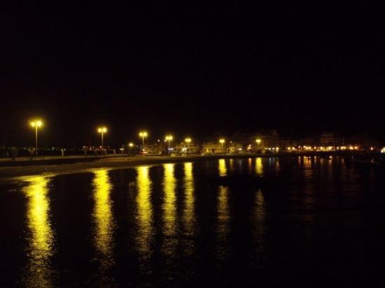 Las Galletas by night