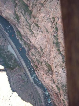 Canon City, CO: Picture taken between the boards covering the gorge bridge.  I'm shaking while I'm trying to tak