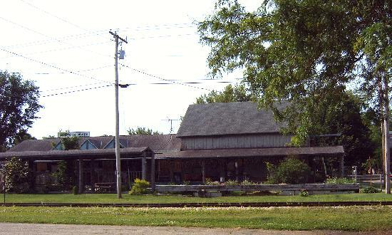 Spring Green, WI: Old Lexington Shopping area