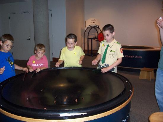 Montshire Museum of Science: parabolas!